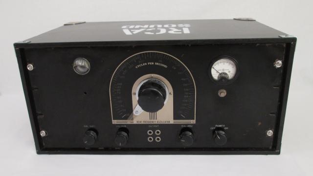 RCA_Frequency_Oscillator